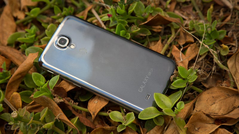 Samsung Galaxy Mega Review: A Big Phone, a Small Tablet, a Bad Buy