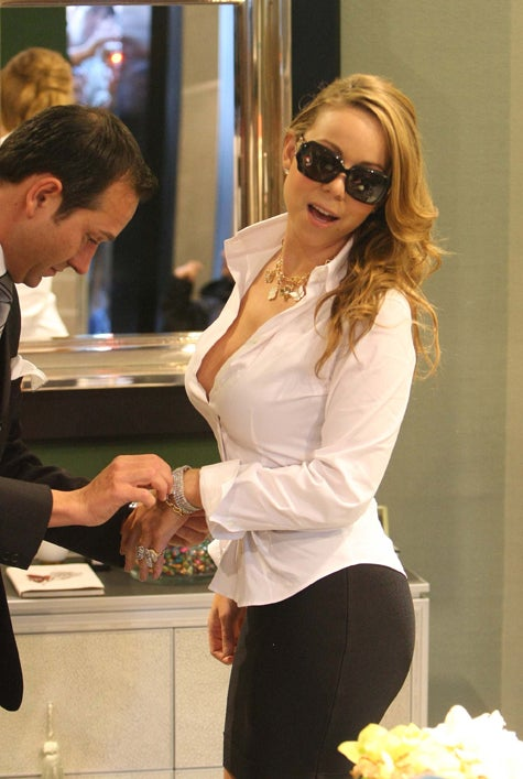 Mariah Gives Kim Kardashian A Run For Her Money