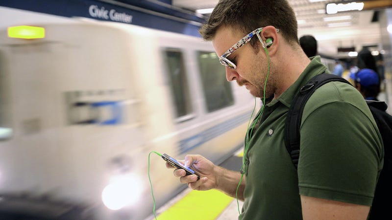 San Francisco BART To Battle Hackers and Maybe Feds
