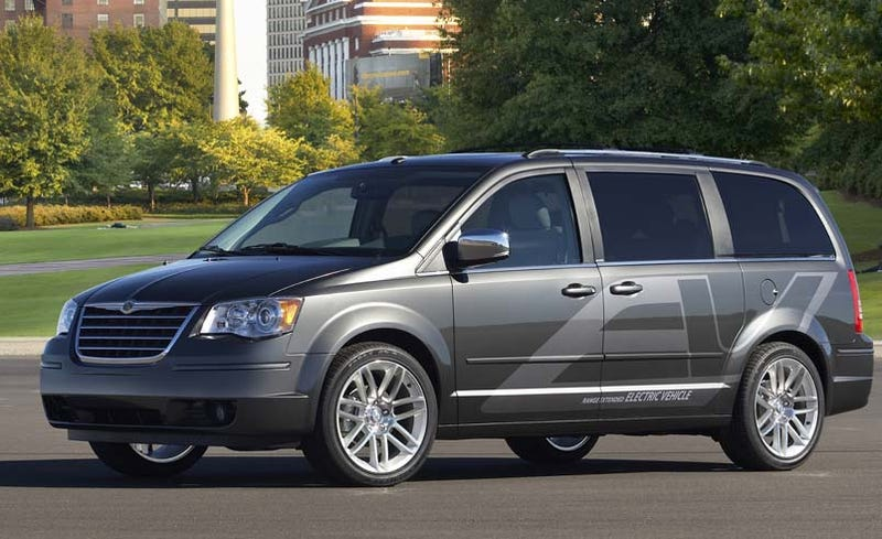Chrysler Proposes $448 Million EV Pilot Program With DOE