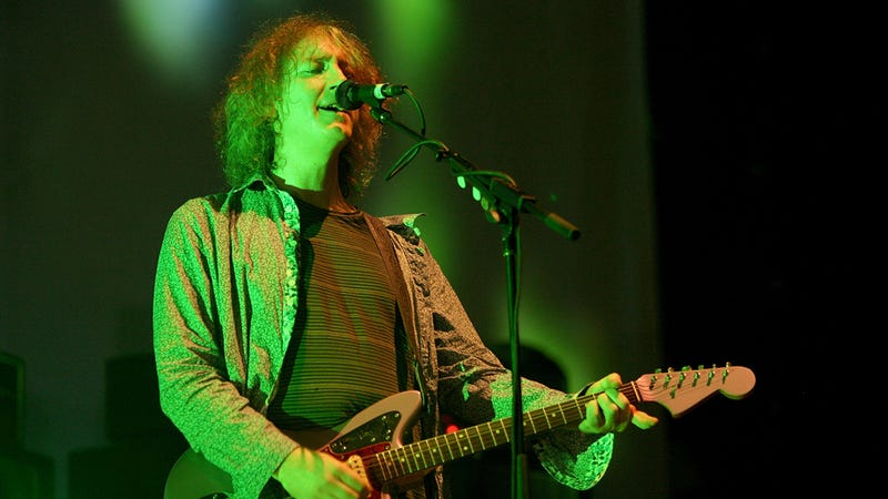 Please Help Us Sketch Out Kevin Shields' Brit-Pop Conspiracy Theory