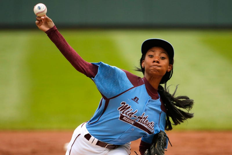 Mo'ne Davis is the world's coolest baseball player.
