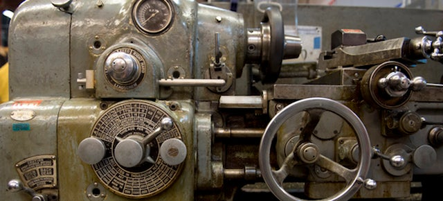 The Government-Surplus Machines Powering a Cutting-Edge Science Museum