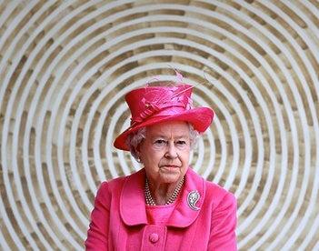 Queen Elizabeth Joins Facebook