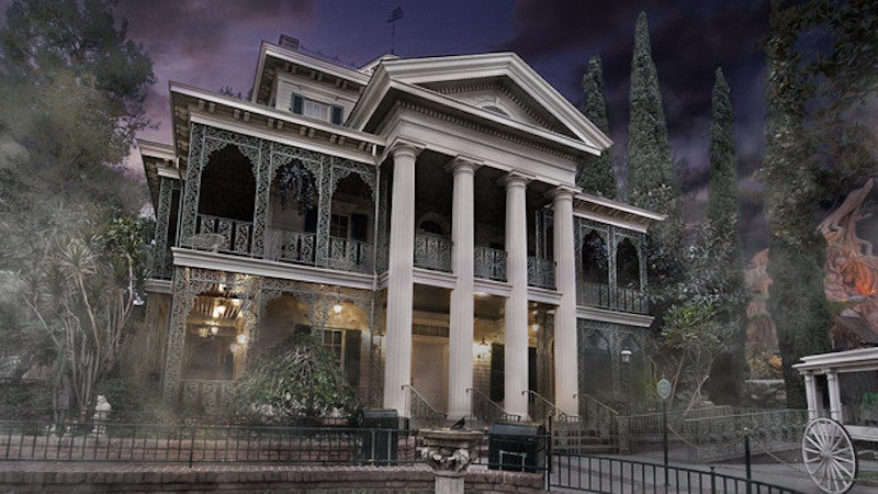 Disney's Haunted Mansion Is A Terrific Mess
