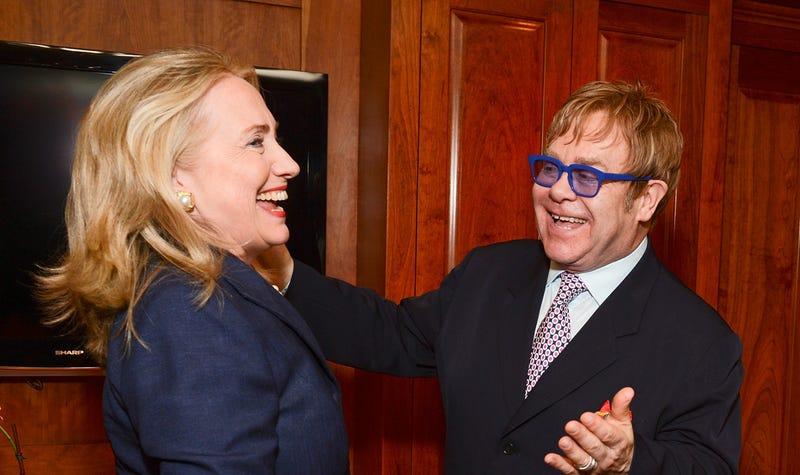 Clinton Mistress Backing Hillary, Selling Hillary-Is-a-Lesbian Rumors