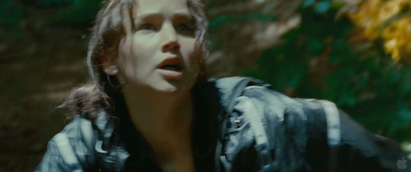 Hunger Games Screencaps: Wall of Fire, Love Triangle of Doom!