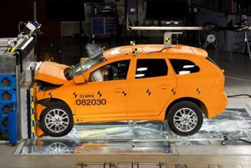 BMW, Toyota Don't Make IIHS 2010 Top Safety List