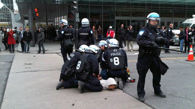 Riot Cops, Student Protesters Lock Down THQ's New Video Game Studio