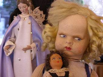 Warning: Do Not Look At These Dolls If You Are Easily Frightened