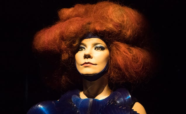 I Heard the Future of Sound Technology While Bjork Whispered In My Ear