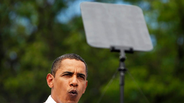 Republican Tries to Defund Obama's Teleprompter