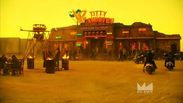 From Dusk Till Dawn TV Show Can't Quite Crawl Out Of The Movie's Shadow