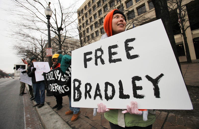 Bradley Manning's Lawyer Files Complaint Over Prison Conditions