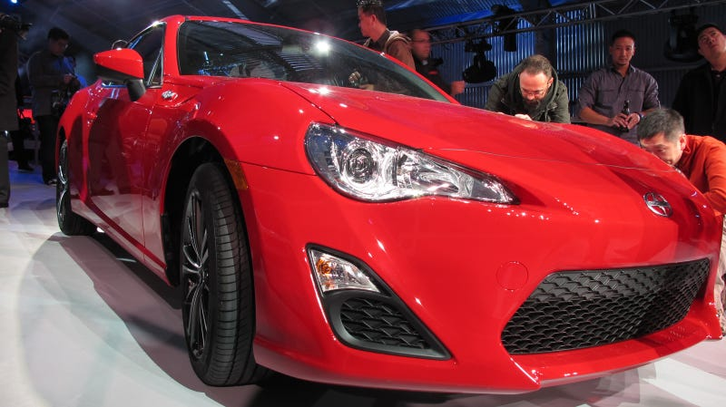 Scion FR-S Live Photos