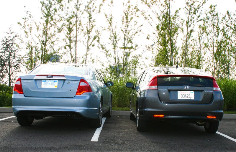 Hybrid Car Wars: Honda Insight Vs. Ford Fusion Hybrid
