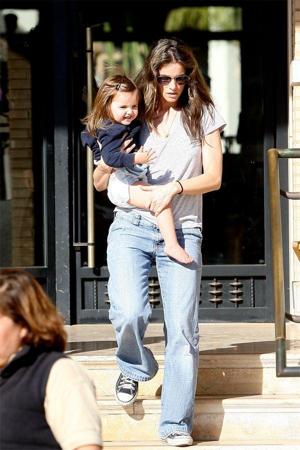 Amanda & Frances: Baby Steps
