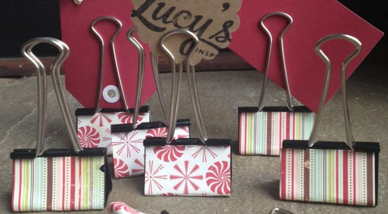 Make Easy, Last-Minute Food Labels for Parties with Binder Clips