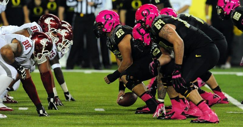 Check Out Oregon's Pink Uniform Schemes