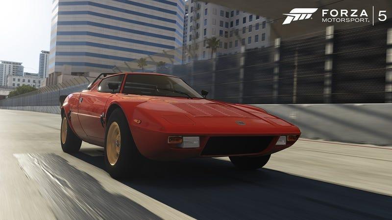 Forza 5 Gets Long Beach Free