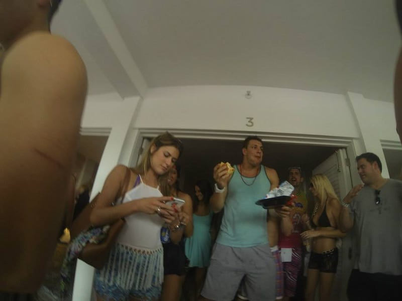 Here's Rob Gronkowski Gronking On a Cheeseburger at Ultra Music Festival