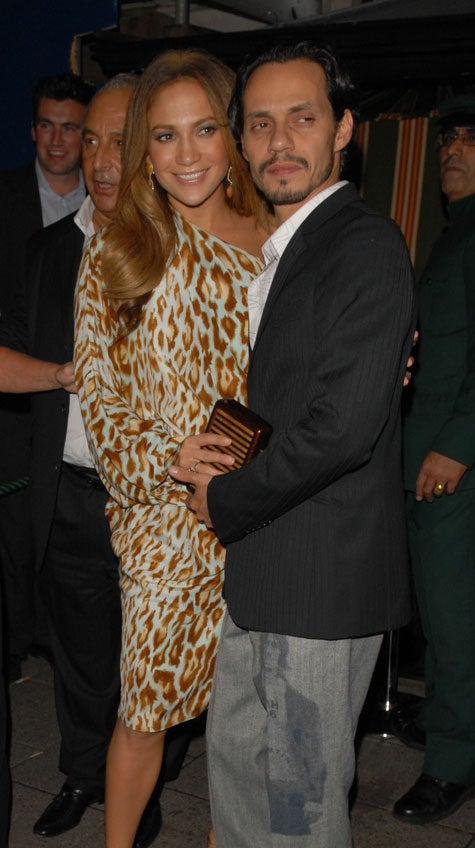 J. Lo & Mark: It Takes Two To Tango, Hide Baby Bump?