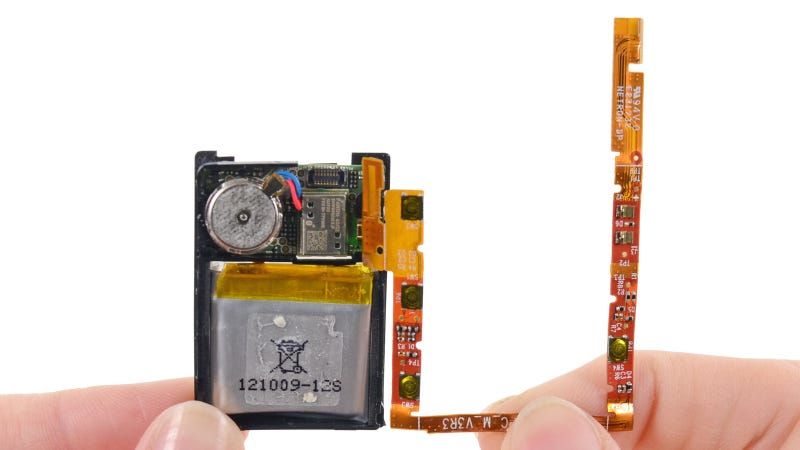 Pebble Smartwatch Teardown: Behold Itty Bitty Intelligence