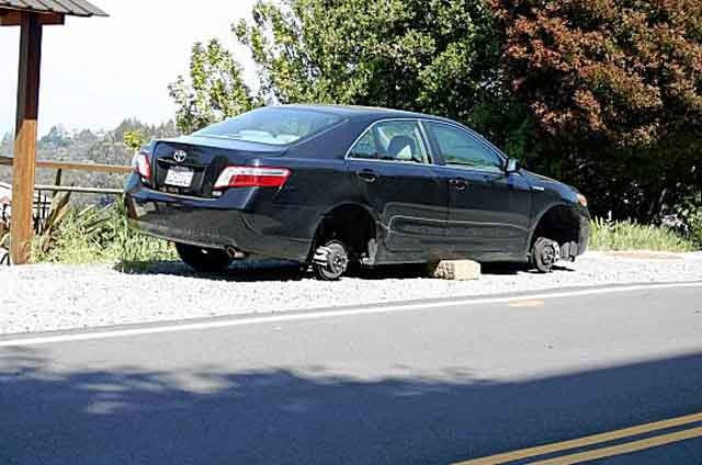 California Attorney General Gets Wheels Stolen Off Camry Hybrid