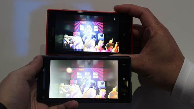 Nokia Lumia 720 Hands On: Cheap Phones Can Have Good Cameras Too