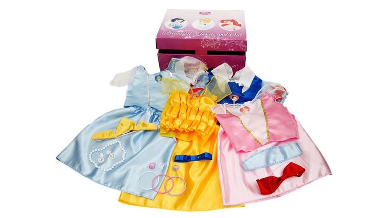 5-Year-Old Boy Banned From Playgroup for Wearing Princess Dresses