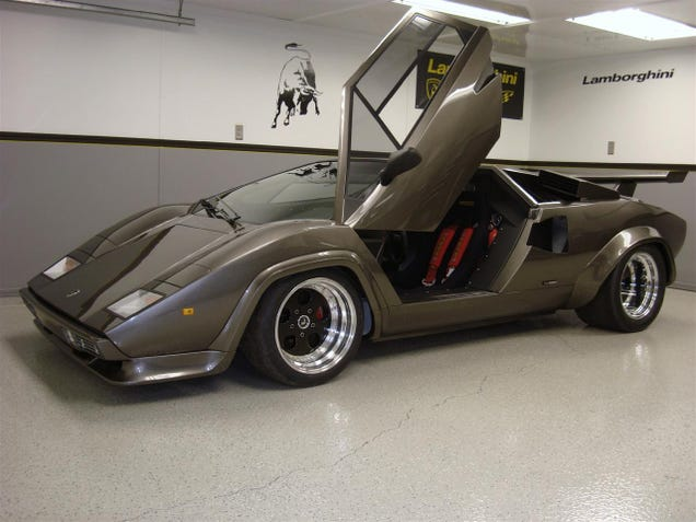 countach guy needs help basement built lamborghini fans lead to huge web hosting bill. Black Bedroom Furniture Sets. Home Design Ideas