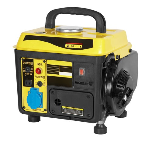 Get the Most Out of Your Generator by Hooking It To a UPS