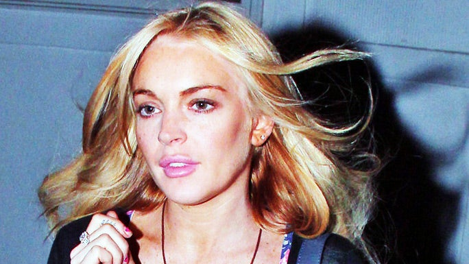 Lindsay Lohan Will Turn Herself in for Felony Grand Theft Today