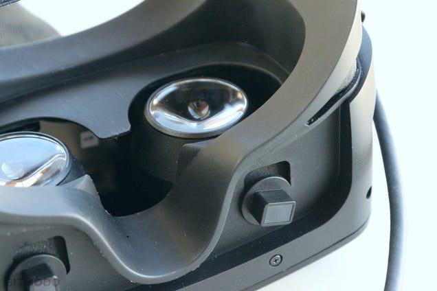 Razer Has Its Own $200 Virtual Reality Headset