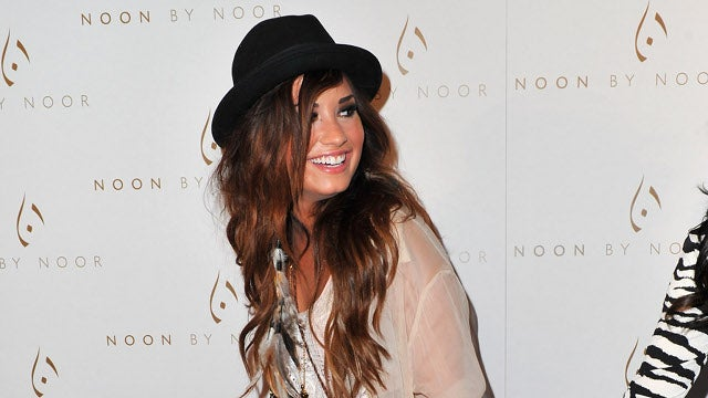 "Demi Lovato Says She's Still Recovering From ""Emotional And Physical Issues"""