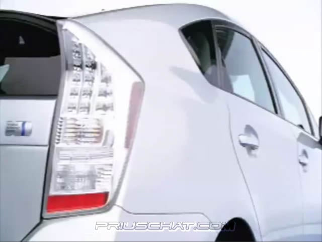 2010 Toyota Prius Teasers Show Engine Bay For First Time