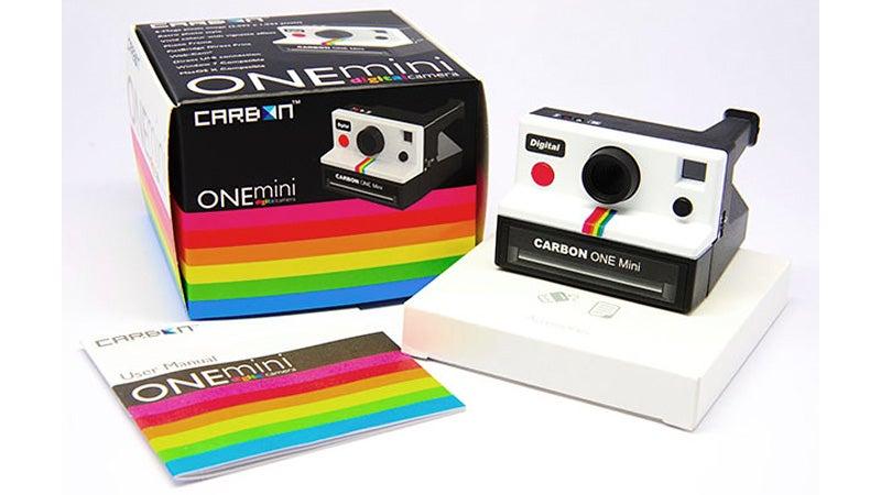 This Polaroid Look-a-like Packs Modern Digital Guts