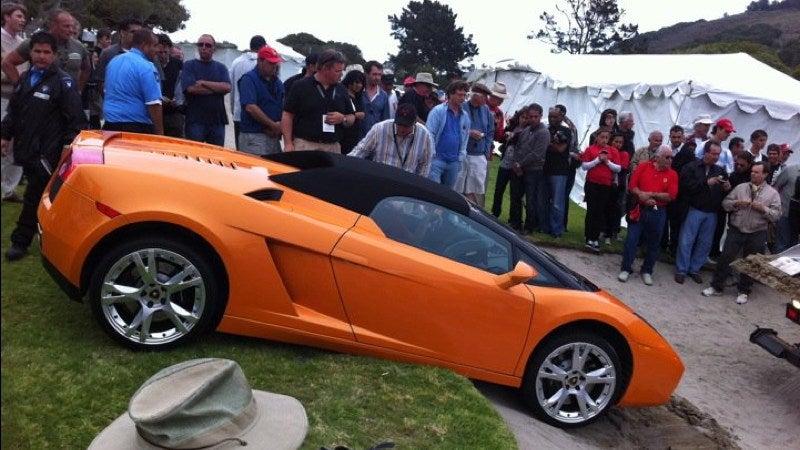 A Lamborghini Gets Sand-Trapped