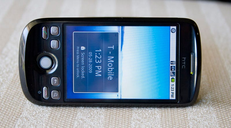 T-Mobile myTouch 3G (AKA T-Mobile G2, HTC Magic, Google Ion) Coming This Summer