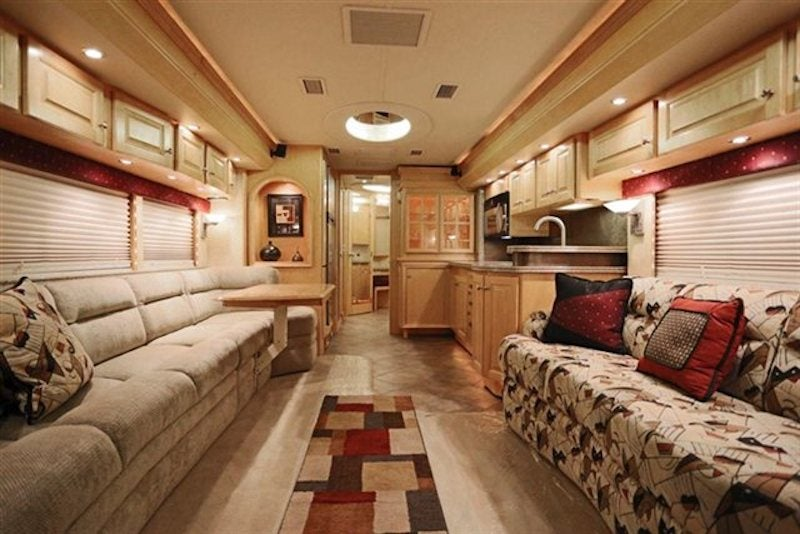 """Hey 'Merica! Sarah Palin's """"One Nation"""" tour bus is for sale!"""