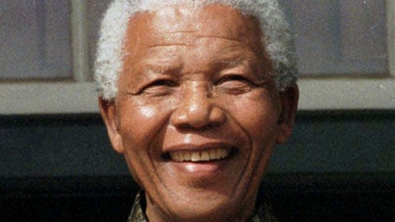 Nelson Mandela Back In Hospital with Lung Infection