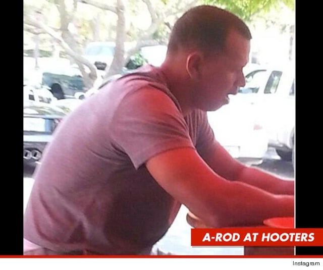 Alex Rodriguez Ate At Hooters