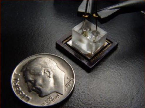 Scientists Develop Micro Microscope: Fits on a Chip, Costs $10