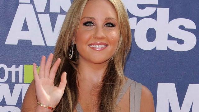 Professionally Reckless Driver Amanda Bynes Accused of Third Hit-and-Run