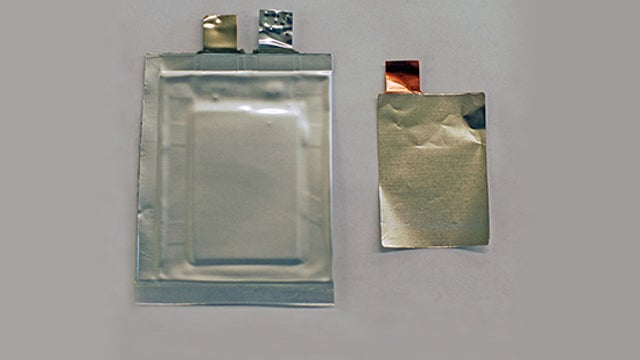 This New Li-On Battery Packs More Power and Is Way Safer, Too