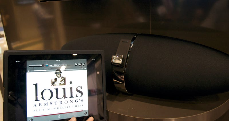 Bowers & Wilkins Zeppelin Air: Oh Yeah, This Is Why We Were Excited about AirPlay
