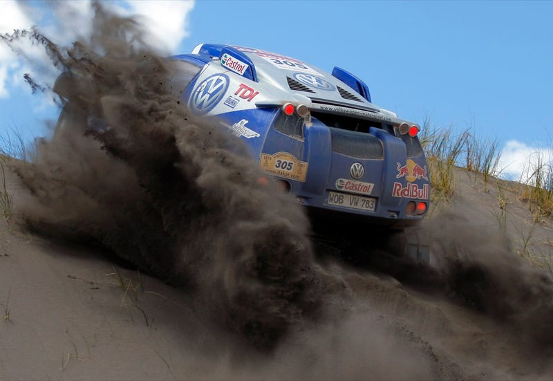 Flying Across The Desert: Amazing Dakar Rally Photo Gallery
