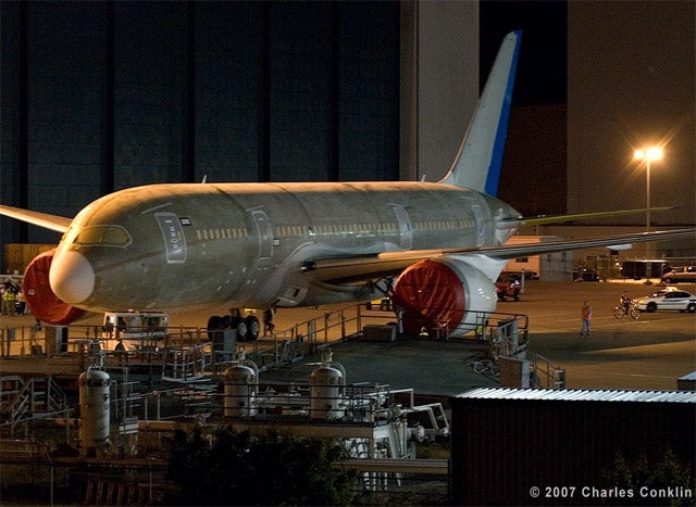 First Photos of Complete Boeing 787 Dreamliner