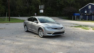 """2015 Chrysler 200 Limited: The """"This Is Not a Jalopnik Review"""" Review"""