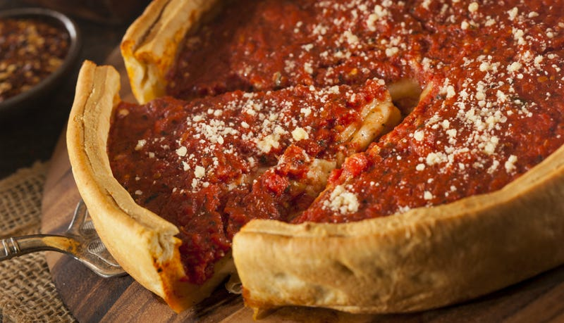It's Official: 4/4 Chefs Agree Chicago Deep-Dish Is Not Pizza